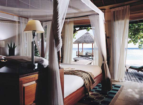 HHWT Maldives Resorts Banyan_Tree_Vabbinfaru