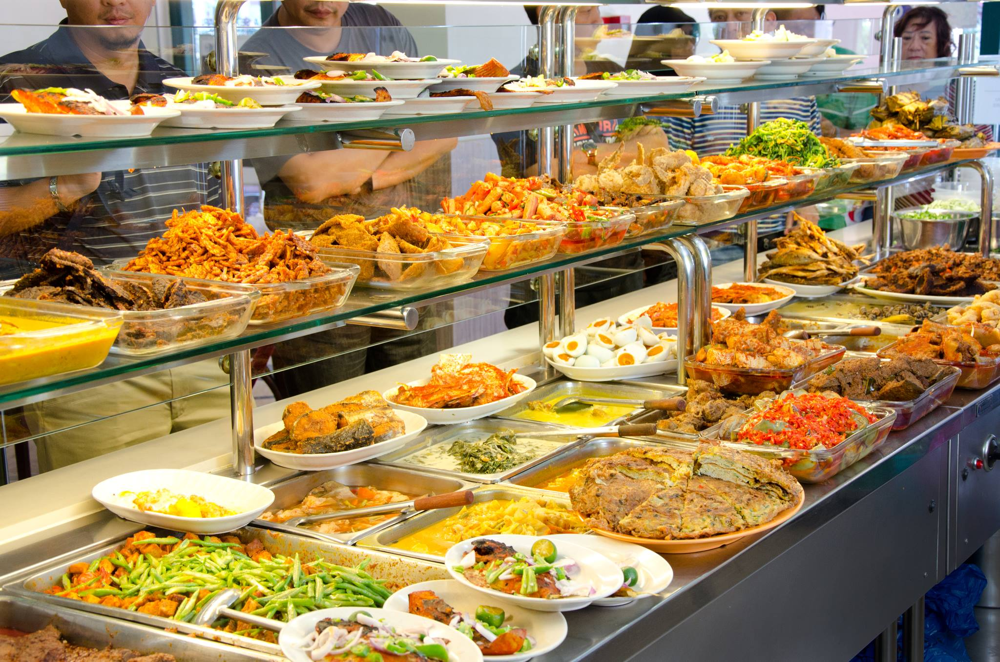 impact of food tourism in singapore This study investigated the attractiveness of singapore hawker centres by  examining several  of hawker centres was found to have a less than desired  impact on them with respect to price, tourists found the food sold at the hawker  centres.
