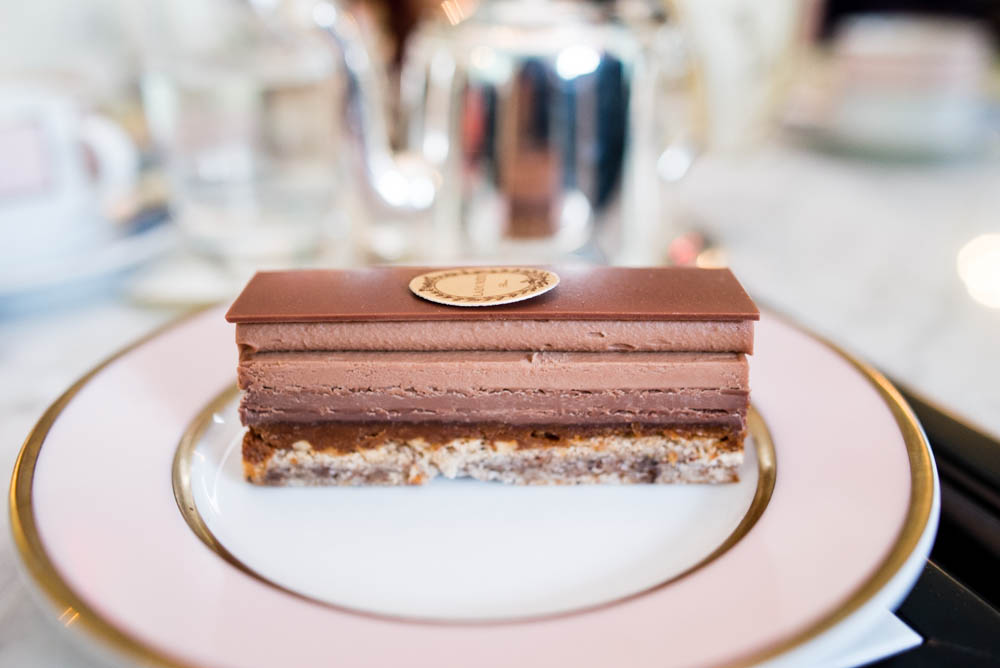 The Plaisir sucré is a beautifully assembled piece of art in itself