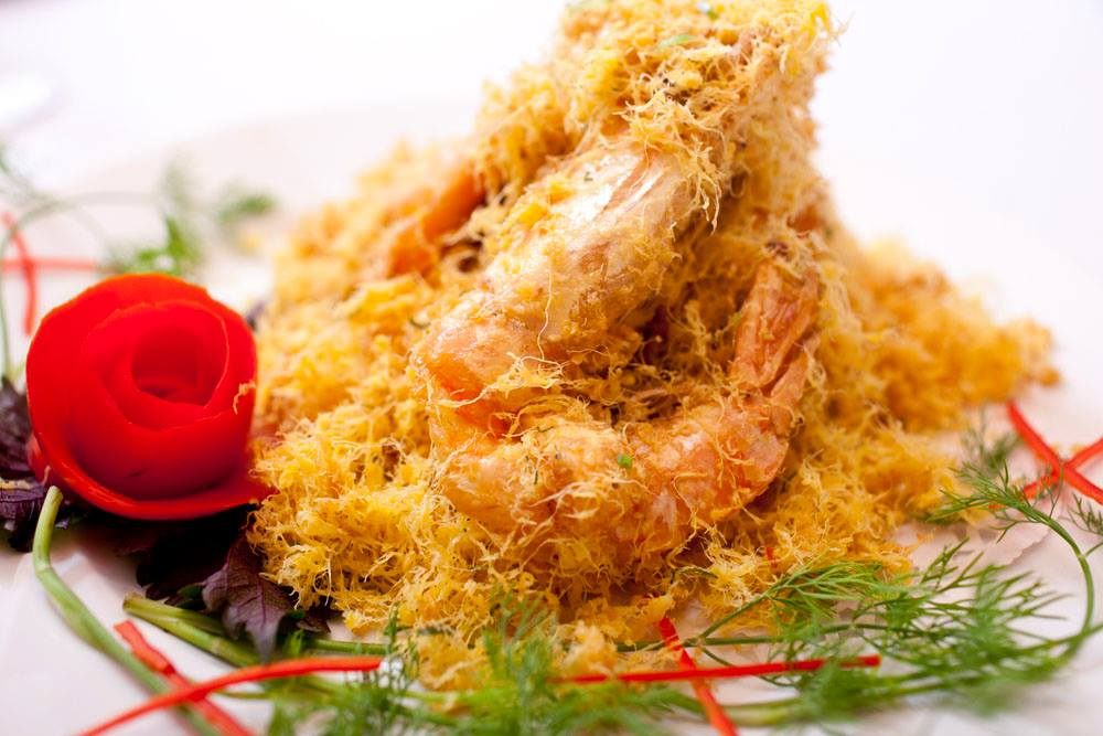16 Tiger prawn with salted egg Red House