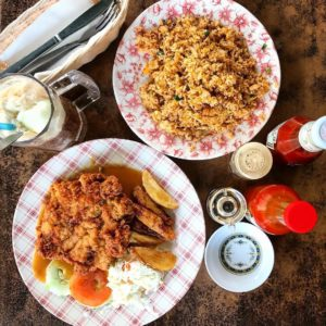 Craving for juicy chicken chop and yummy fried rice? Checkhellip