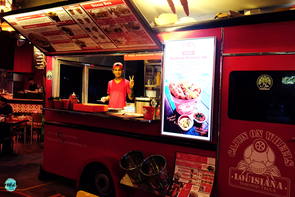 Cajun-on-wheels-food-truck-halal-food-pasarbella-singapore