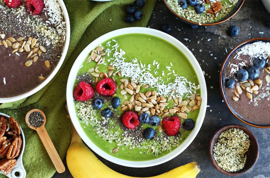8 fuss free and quick recipes to prepare for sahur this ramadan super green smoothie bowl avocados and kale ftw forumfinder Image collections