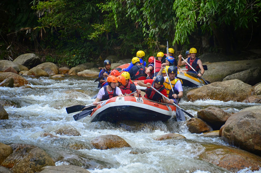 24 - Seek a rush of adrenaline through Gopengs famous white water rafting