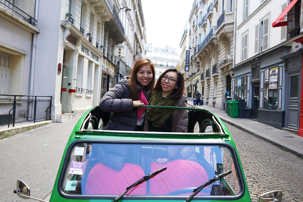 vintage-car-ride-paris