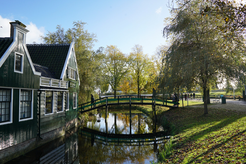 zaanse-schans-bridge