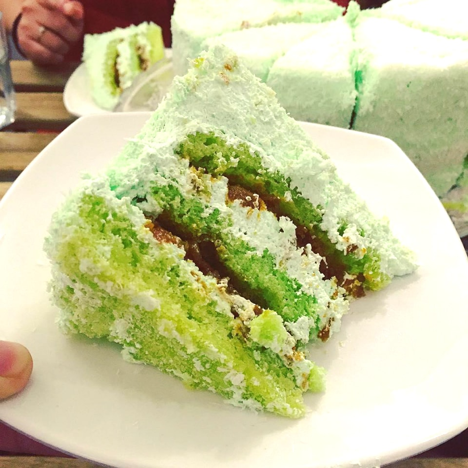 Classic Ondeh-Ondeh Cake ($8)11-the-malayan-council-ondeh-ondeh-cake-min