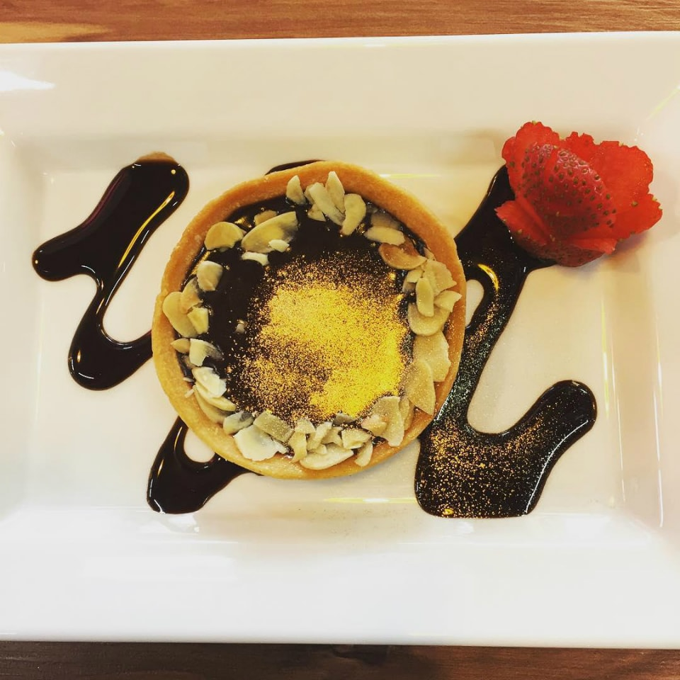 31-simply-sinless-gold-dusted-tart-min